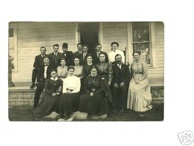 Thorntown Postcard family picture 1910